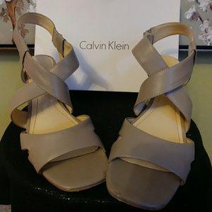 "Calvin Klein 3 1/2"" heel"